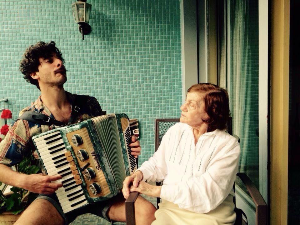"""""""La abuela Sofia"""": La historia de un reencuentro."""